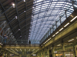 Fig. 1.02: Retail concourse and train shed at London's St. Pancras International Terminal