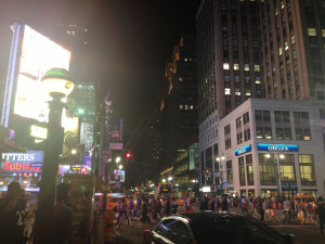 Fig. 4.27: Intersection of 34th Street at Seventh Avenue at night