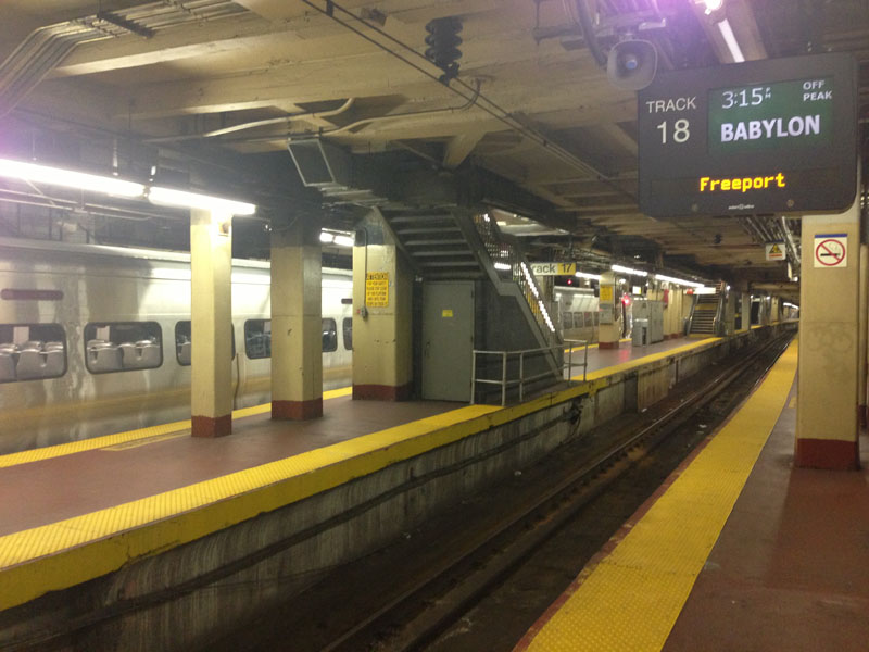 Fig. 7.20: Train platforms